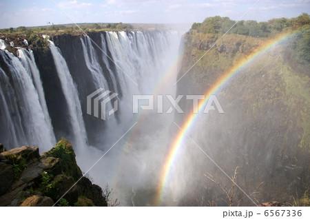 ヴィクトリアの滝 6567336