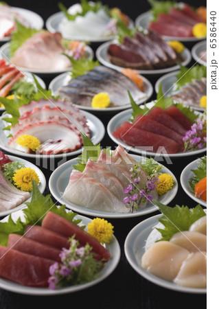 刺身と寿司 6586440