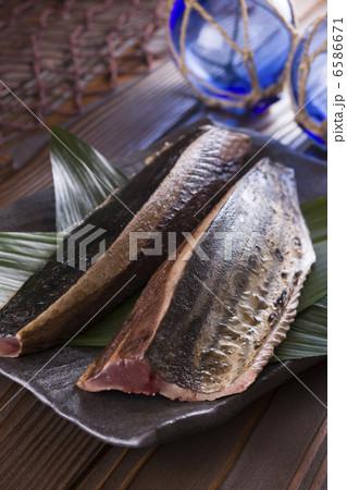 魚料理と切身 6586671