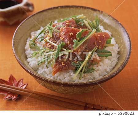 秋の料理 6590022