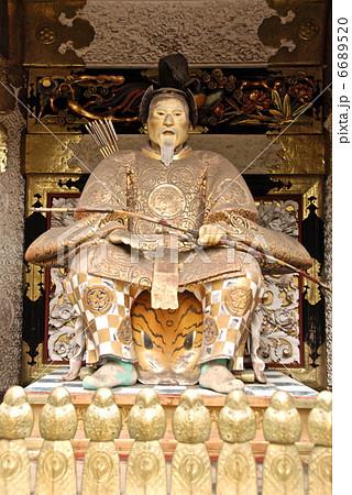 陽明門の「随身像(向かって右)」(日光東照宮/栃木県日光市山内) 6689520