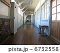 旧上秋津小学校 廊下 6732558
