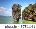 Tropical island 6751141
