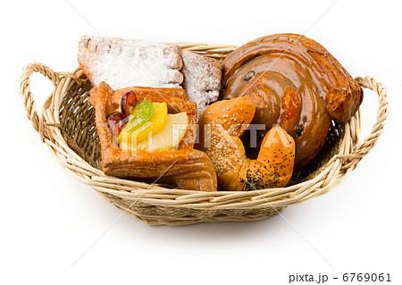 Basket of bunsの写真素材 [6769061] - PIXTA