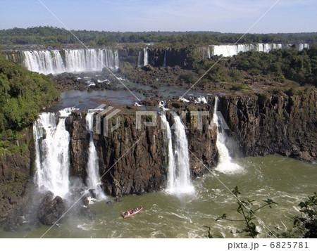 イグアスの滝 6825781