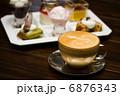 ラテ デザート スイーツの写真 6876343