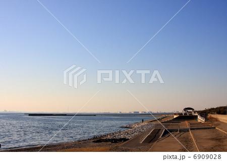 千葉県・稲毛海岸 6909028