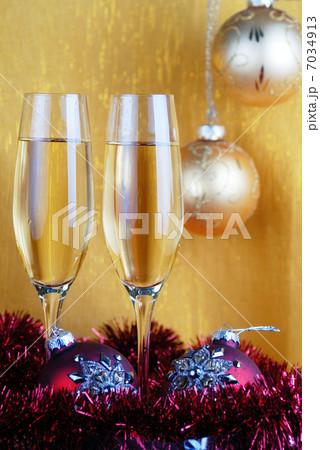 champagne glassesの写真素材 [7034913] - PIXTA