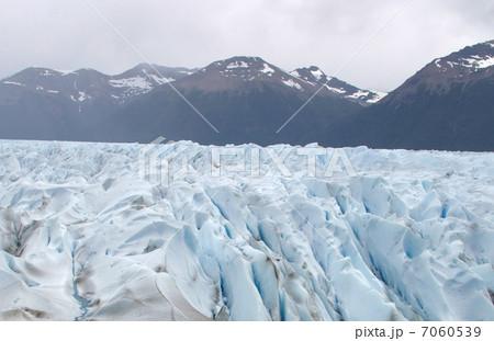 ペリトモレノ氷河 7060539
