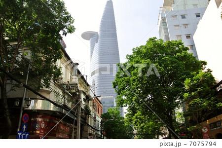 ホーチミン市街地とビテクスコ フィナンシャルタワー(ベトナム) 7075794