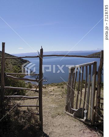 ティティカカ湖 7128785