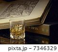 洋酒 飲料 ウイスキーの写真 7346329