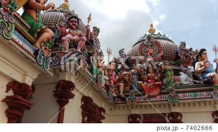 シンガポール スリ・マリアマン寺院 7402666