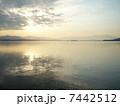 海と朝焼け 7442512