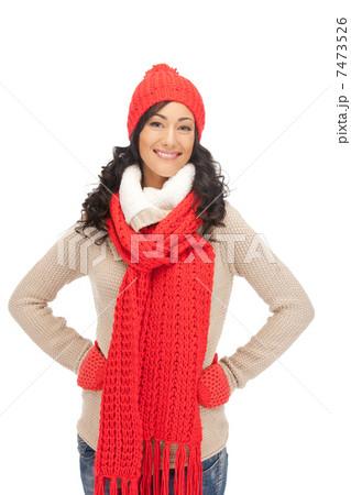 beautiful woman in hat, muffler and mittensの写真素材 [7473526] - PIXTA
