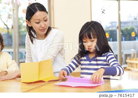 ハート 折り紙 保育園 折り紙 : pixta.jp