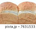 食パン 7631533
