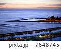 夕暮れ時のアラワイ・ボートハーバー 7648745