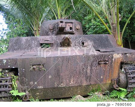 特二式内火艇(パラオの戦争遺跡) 7690560
