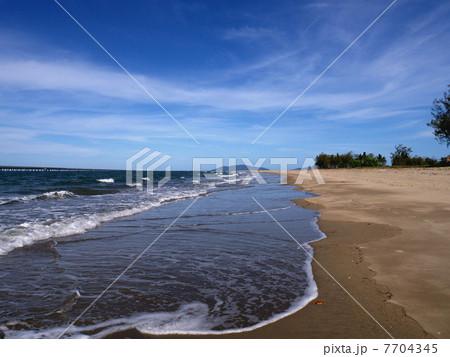 ルシンダの浜辺と桟橋 7704345