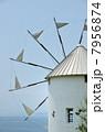 風車と海 7956874