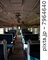 電車の車内 7964640
