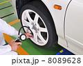 自動車 タイヤ 交換の写真 8089628