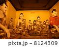 シェダゴンパヤーの仏像群 8124309