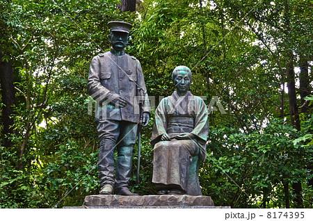 乃木希典・静子の銅像(乃木神社/山口県下関市長府宮の内町) 8174395