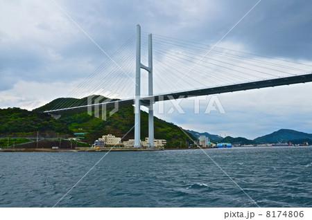 海上から見た「女神大橋」(長崎県長崎市) 8174806