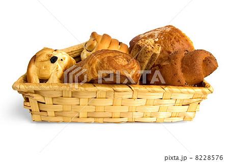 Various buns in a wicker basketの写真素材 [8228576] - PIXTA