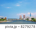 福岡タワーと室見川 8279278