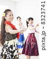 フラダンス フラ 女性の写真 8323741