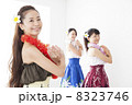 フラダンス フラ 女性の写真 8323746