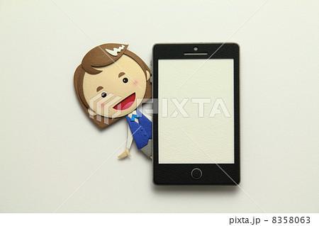 ペーパークラフトのスマートフォン 8358063