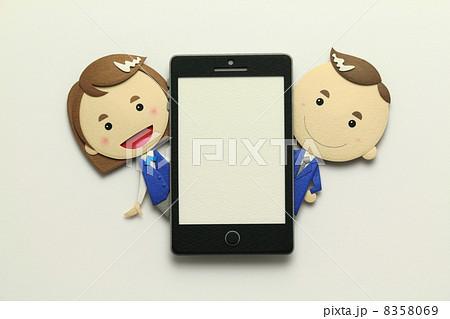 ペーパークラフトのスマートフォン 8358069