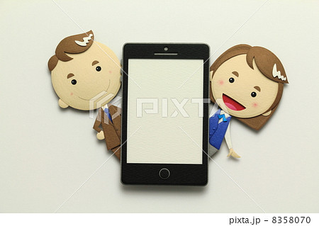 ペーパークラフトのスマートフォン 8358070