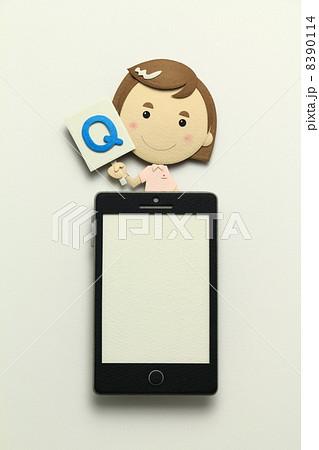 ペーパークラフトのスマートフォン 8390114