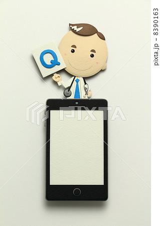 ペーパークラフトのスマートフォン 8390163