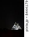 夜の大阪城 8444179