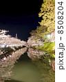 弘前城さくら祭・追手門前(縦) 8508204