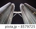 ペトロナスツインタワー(夜景) 8579725