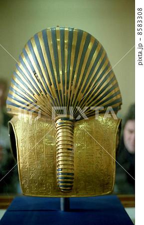 ツタンカーメンの黄金のマスク 8583308
