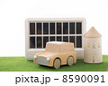 ソーラーパネル 自然エネルギー人差し指 自動車の写真 8590091