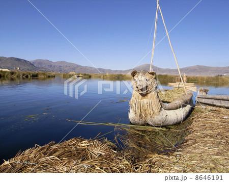 ティティカカ湖 8646191