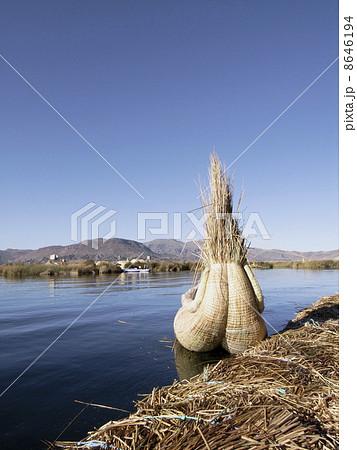 ティティカカ湖 8646194