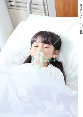 女の子 入院 8709628
