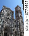 サンタ・マリア・デル・フィオーレ大聖堂とジョットの鐘楼 8774697