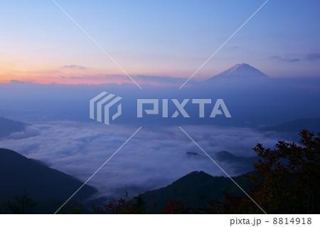 新道峠からの富士山 8814918