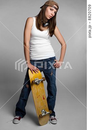 Skateboard girl 8820709 pixta skateboard girl voltagebd Gallery